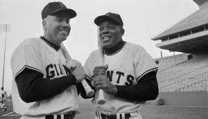 duke-snider-willie-mays-in-1964